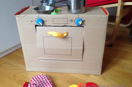 φτιάξε κουζίνα για παιδιά από χαρτόκουτο